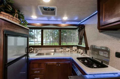 2019 New Heartland TERRY CLASSIC V22 Travel Trailer in