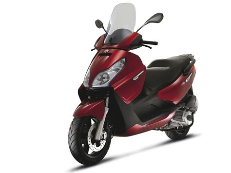 PIAGGIO X7 125IE (2010) scooter insurance | wallpapers