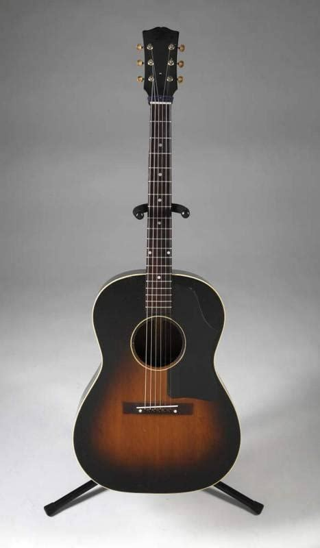 ELVIS PRESLEY GIBSON ACOUSTIC GUITAR - Current price: $16000