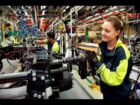 Cooperation for improved safety and ergonomics in