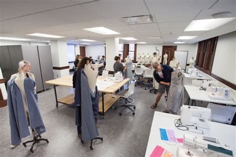 Fashion Studies Classroom | Kendall College of Art and