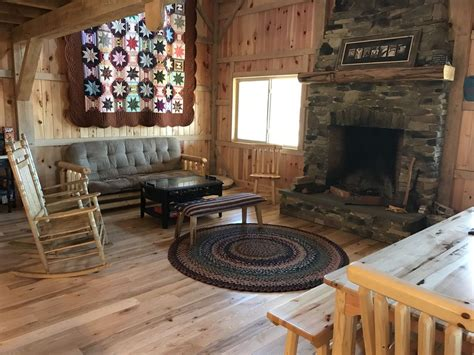 Gorgeous, Amish-Built Post and Beam Cabin on 10 acres near