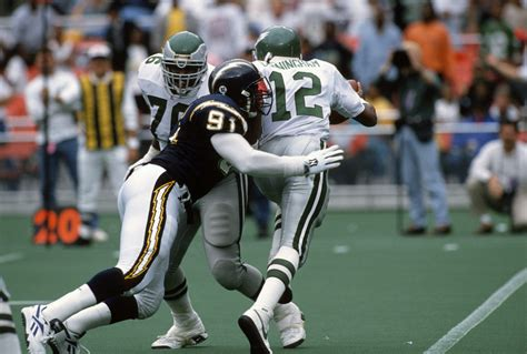Ranking The 25 Best NFL Pass Rushers Of All-Time – New Arena
