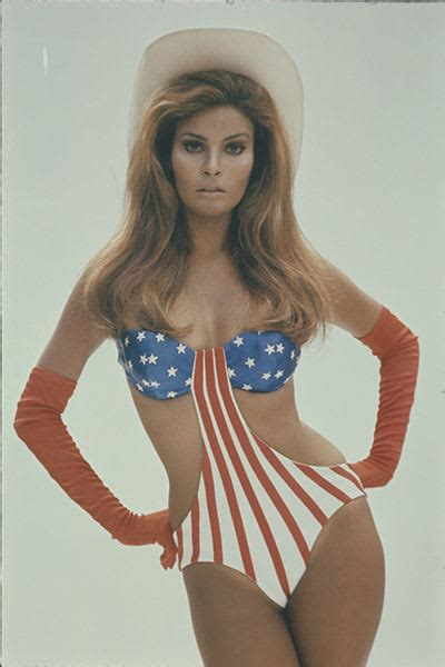 Raquel Welch - A Brief History of Hot Girls Wearing the