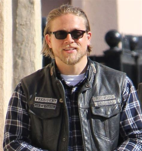 Charlie Hunnam on the set of Sons Of Anarchy Season 6