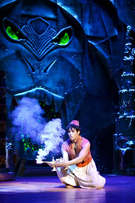 Aladdin Musical: Review - Aladdin Soars to A Whole New